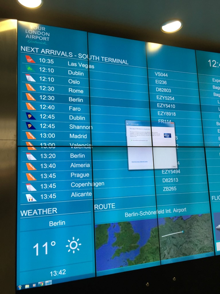 The Gatwick Airport arrivals screen might have a problem